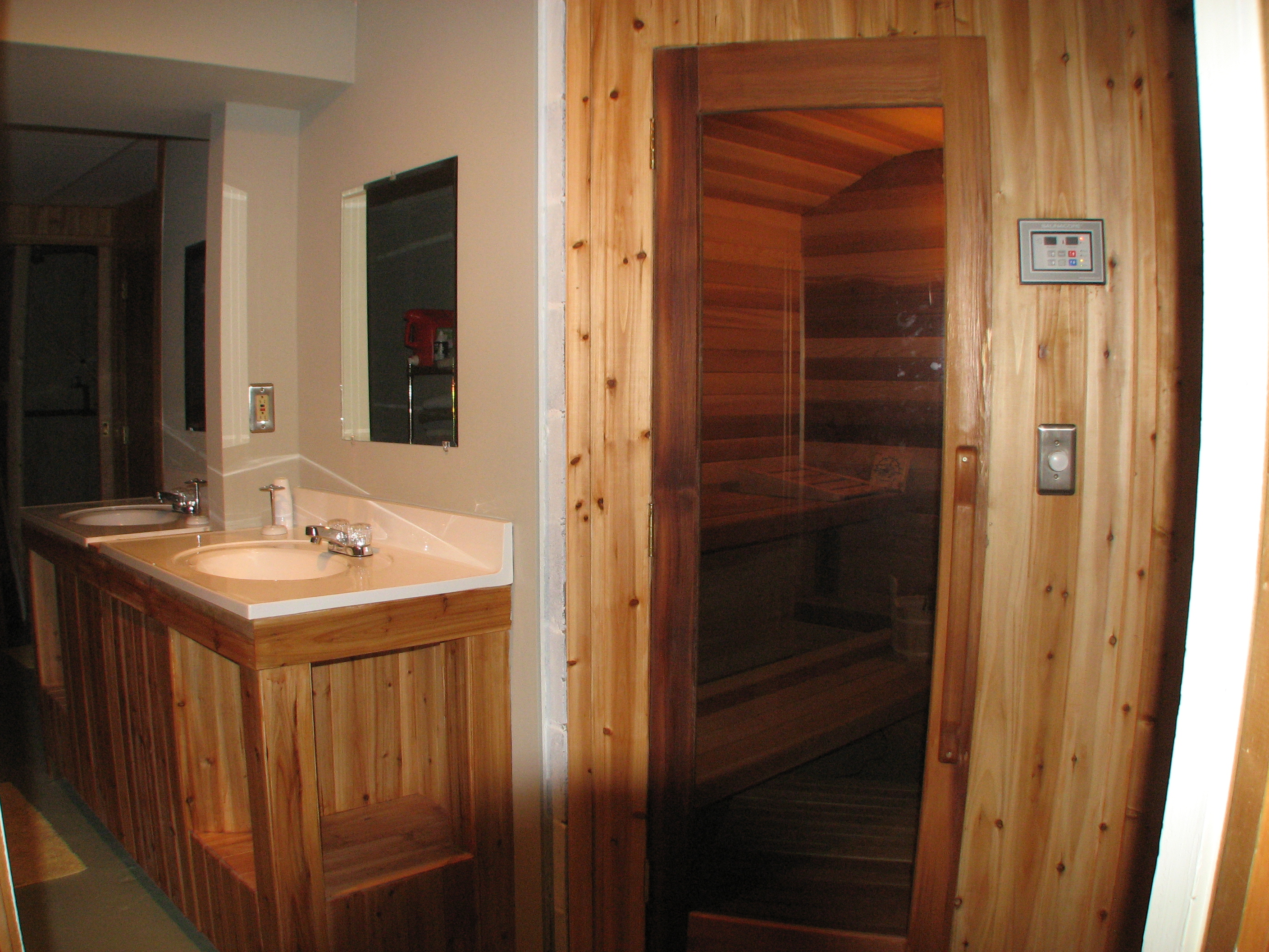 Bathrooms And Sauna Hersey Retreat Cottage